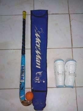 Vendo palo de hockey y accesorios