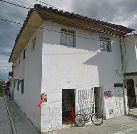 casa barata y bien ubicada