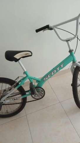 Se vende Bicicleta Cross