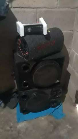 Vendo basuca i cd player