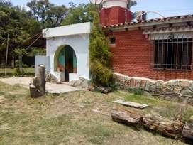 Casa a una cuadra del Río y depósito arqueologico