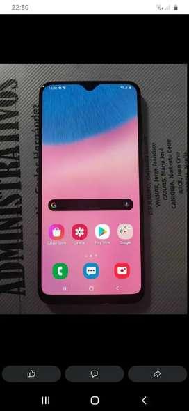 Samsung a30s poco uso en caja libre tomo cel a10s y efectivo o pongo hasta 5000 x un a21s