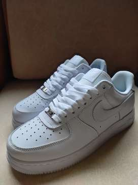 Tenis Zapatillas Nike For One - Talla 41