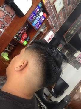 Se realizan cortes de barbería a domicilio