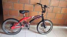 Vendo Bicicleta gw nueva sin uso...mela, motivo viaje.