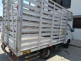 Camion de carga hyundai baranda alta