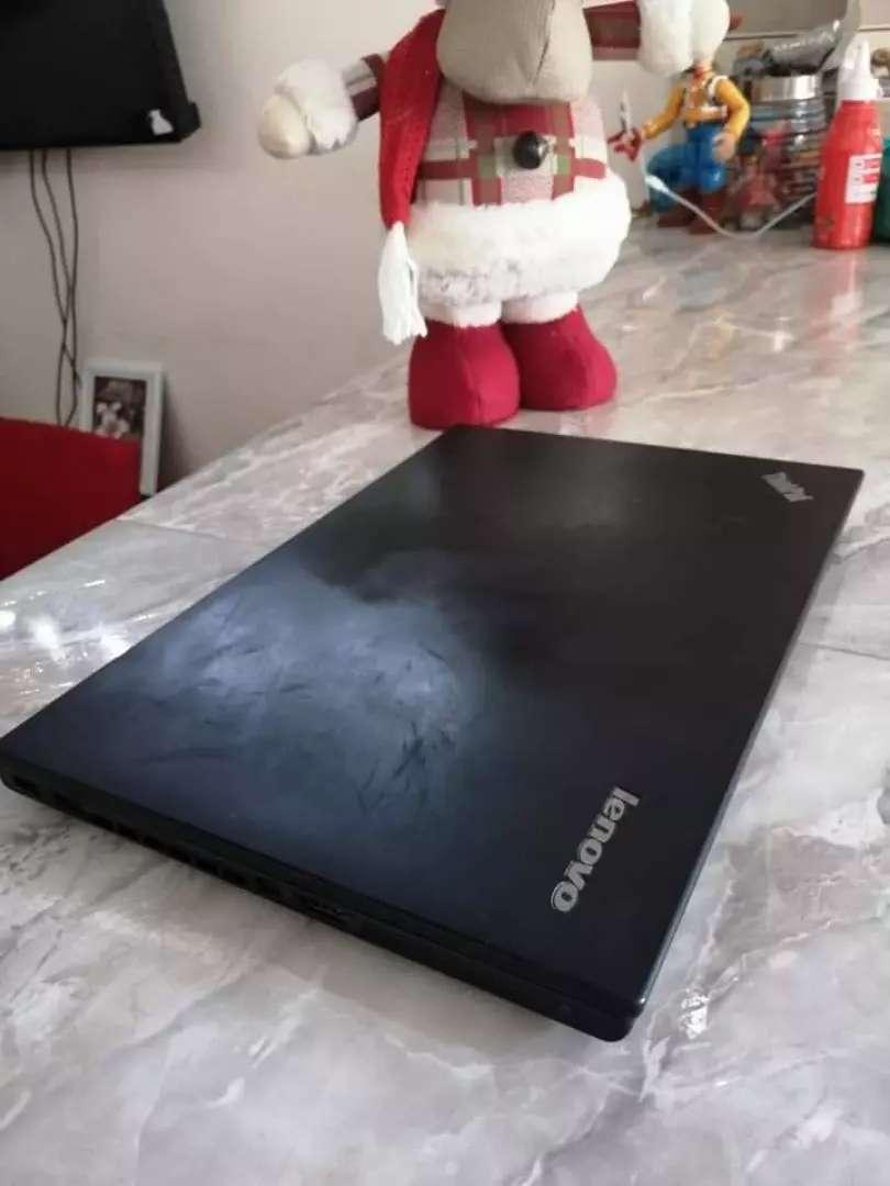 Laptop lenovo core i5 4ta generacion 0