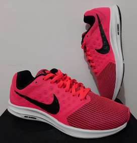 Nike: Tenis DownShifter 7