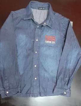 Camisa de Jean niño talle 10