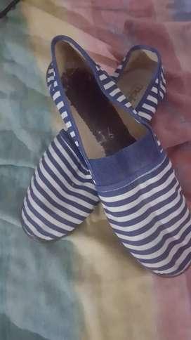 Zapatillas co elástico