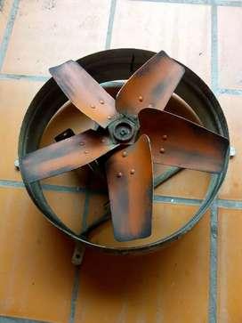 Vendo extractor de aire marca Gatti. Industrial.