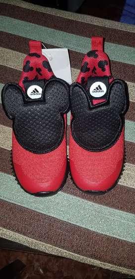 Zapatillas mickey niño nuevas