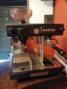 Cafetera express casi nueva