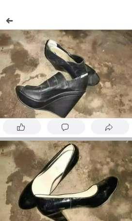 Vendo los dos zapato cuanto me ofrecen