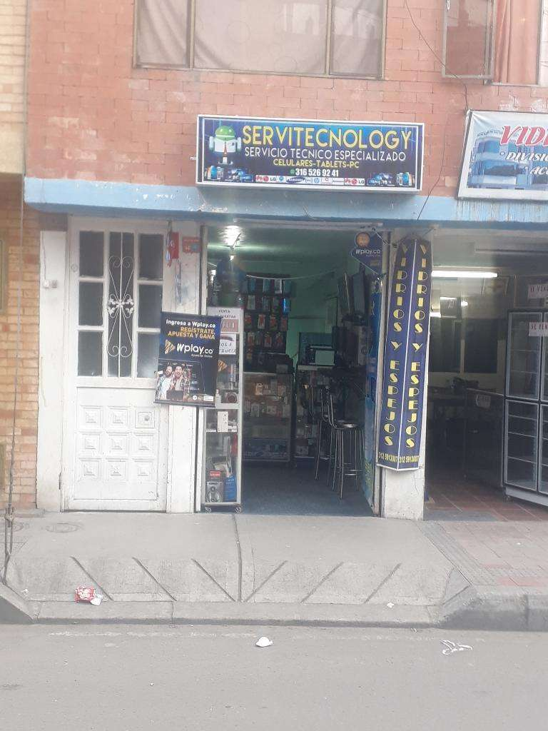 Vendo Local Comercial de Comunicaciones 0