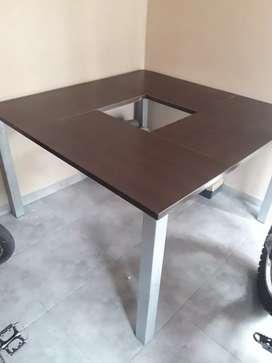 Vendo mesa p/8