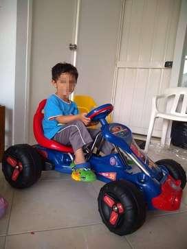 Vendó hermoso carro para niño está  en buenas condiciones 9/10 $200.000