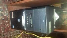 Gabinete de PC marca tecnofriend con lectora de CD.Casi nueva.