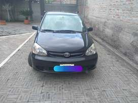 Toyota Yaris 1.5 Negro, 2004, Excelente Estado Mecánico