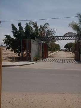 Se vende terreno de 267.75 m2. Loma Linda. Los Ejidos. A 60 mts. Innova School