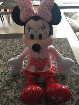 Vendo Minnie con capucha original disney