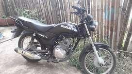 Vendo moto susuki