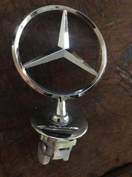 Emblema de Capot Mercedes Benz