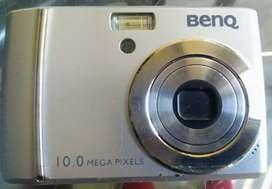 Vendo cámara digital BENQ