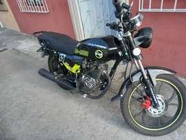 Moto thunder b52