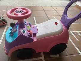 Carro montable doctora juguetes