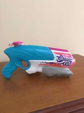 Pistola de agua Nerf