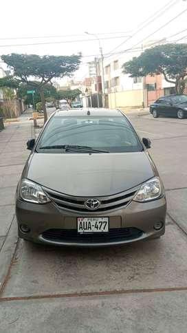 Auto Toyota  - Etios del 2017 (65 000 km de recorrido)