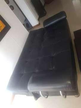 Vendo juego de sala en perfecto estado sofa cama