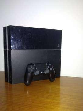 PS4 CON UN MANDO | 500GB | 4 JUEGOS INCLUIDOS.