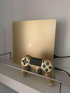 PS4 - Versión especial Gold Edition