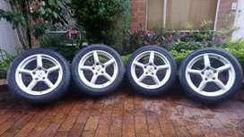 Llantas Goodyear Eagle F1 265-45-18 (Solo llantas traseras) para Porsche y autos de alto rendimiento