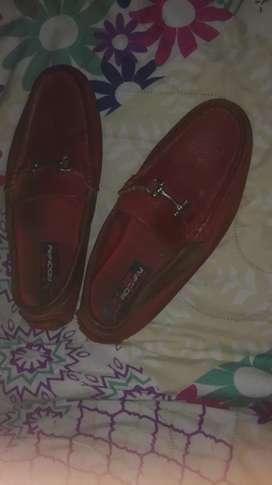Zapatos en cuero talla 35