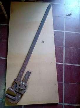 Llave Stilson 48 (grande)