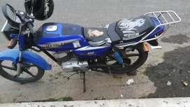 Se Vende Bonita moto en perfectas condiciones a toda prueba