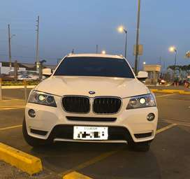 BMW X3 Version X Drive 35i; 66.000 KM de recorrido