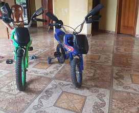 Vendo 2 bicicletas en forma de moto para niño