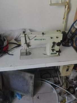 tengo un taller satélite de calzado tengo mucha experiencia