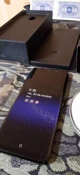 Vendo S8 plus con detalle