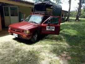Vendo camioneta pública de estacas