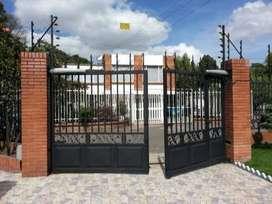 cerramientos puertas eléctricas o manuales rejas y techos