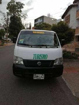 Vendo Nissan urban como nueva modelo 2006 transporte escolar y de turismo, para 15 pasajeros,  preguntar por Alvaro.
