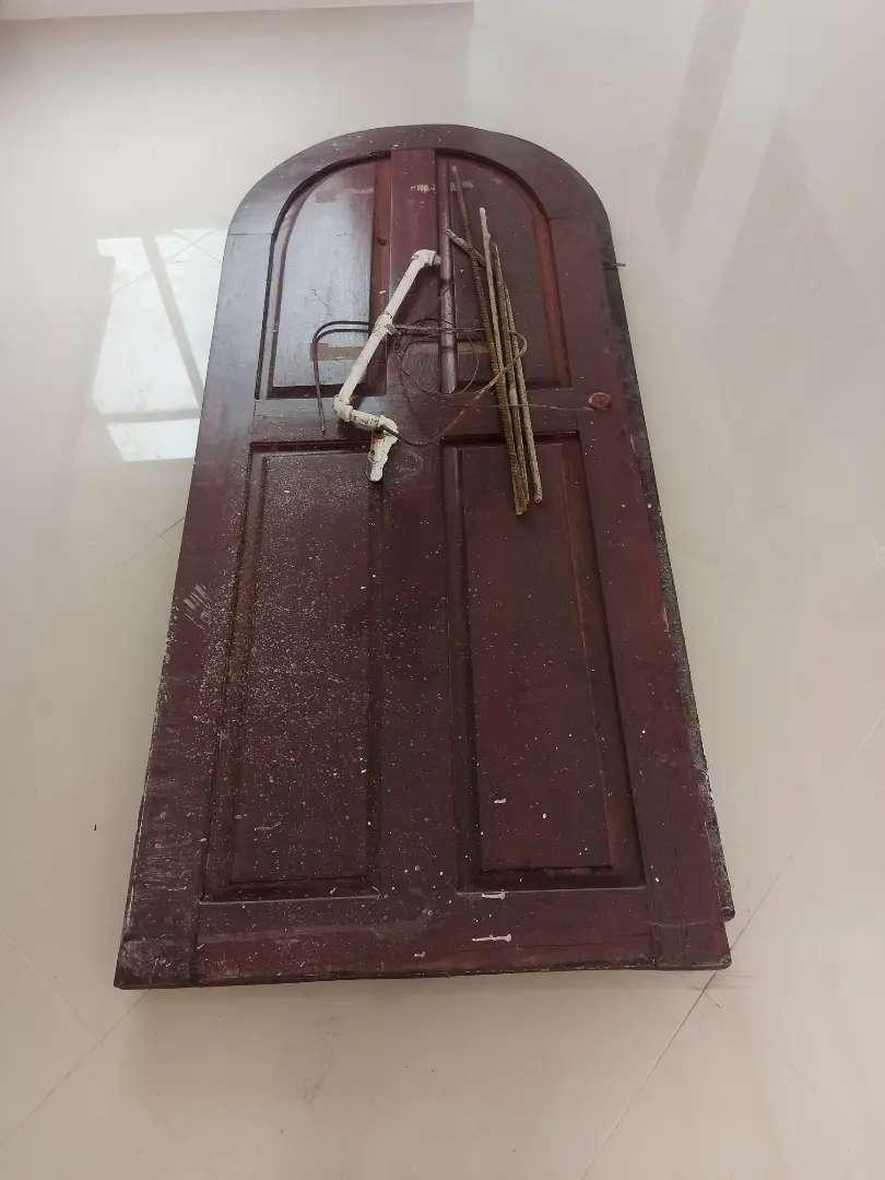 Vendo puertas sin marco en madera fina, medidas 198x83 y 199x82