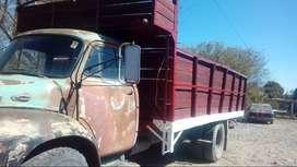Vendo o permuto Betford modelo 65 con motor Chevrolet 350 modelo 78 bomba inyectora y bateria nueva