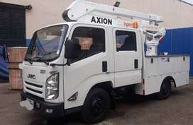 Carro Canasta JMC doble cabina como nuevo con brazo hidráulico AXION