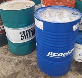 Vendo tambores de aceite vacíos de 200l en tandil